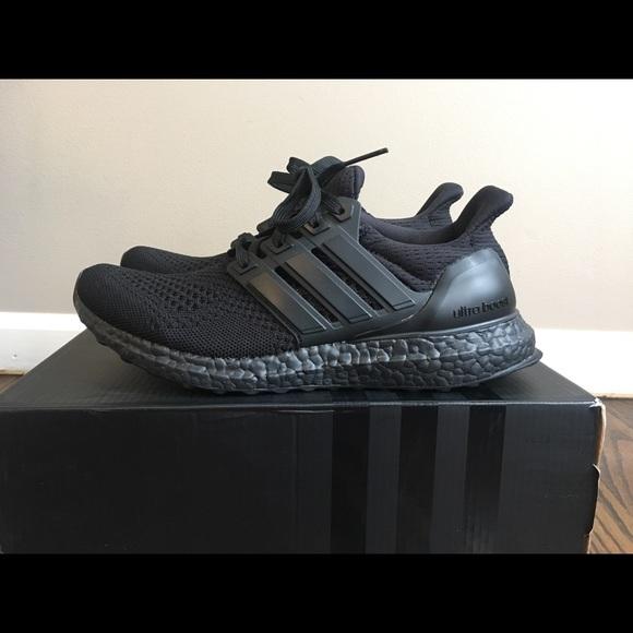 le adidas triple black ultraboost donne 8 poshmark